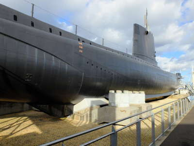 Submarine museums